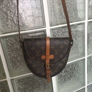 Louis Vuitton cross body Chantilly purse